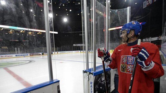 Led pařížské AccorHotels areny si poprvé vyzkoušel i Tomáš Plekanec.