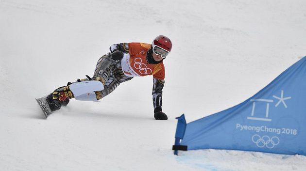 XXIII. zimní olympijské hry, snowboarding, obří slalom, ženy, 24. února 2018 v Pchjongčchangu. Česká reprezentantka Ester Ledecká při své druhé kvalifikační jízdě.