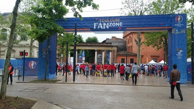 Fanouškovská zóna v Toulouse.