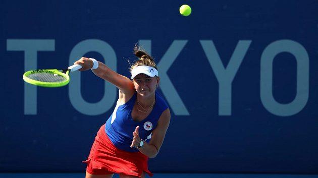 Barbora Krejčíková během utkání se Švýcarkou Bencicovou.