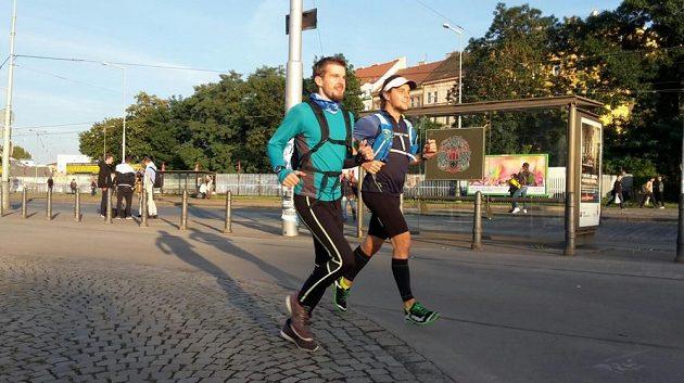 Sám i s kamarády naběhá Martin i několik desítek kilometrů denně.