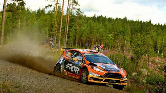 Martin Prokop s Fordem Fiesta WRC během Finské rallye.