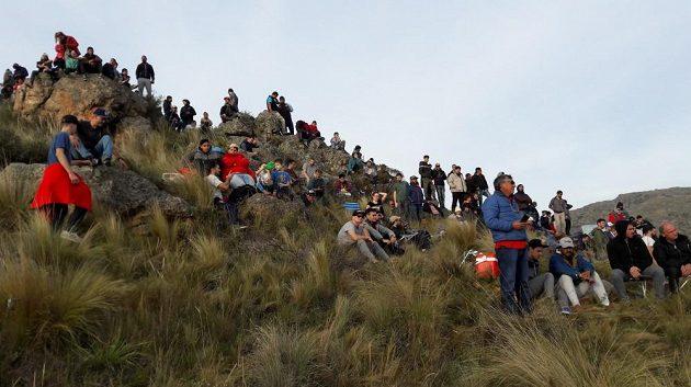 Fanoušci na rychlostní zkoušce El Cóndor při Argentinské rallye.