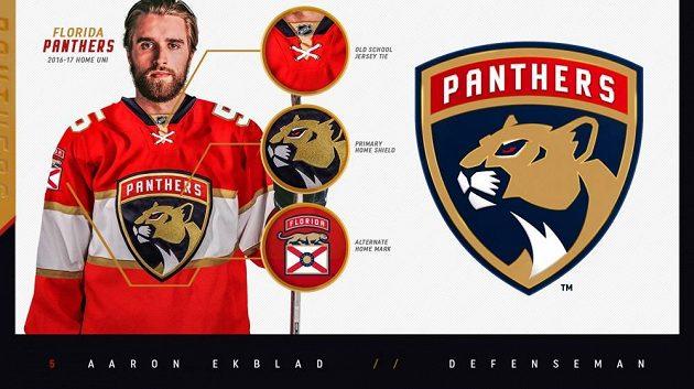 Obránce Aaron Ekblad v dresu s novým logem hokejistů Floridy Panthers.