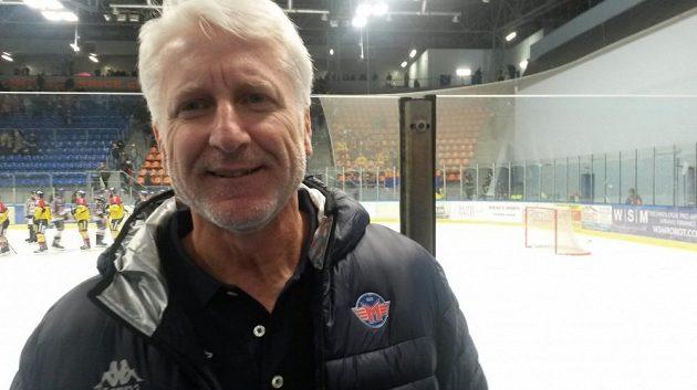 Marian Jelínek, trenér, který má velké zkušenosti také v hokeji.