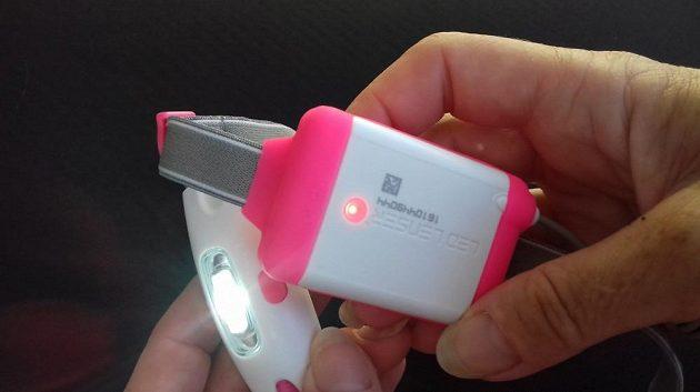 Čelovka LedLenser Neo: Detail přední a zadní diody.