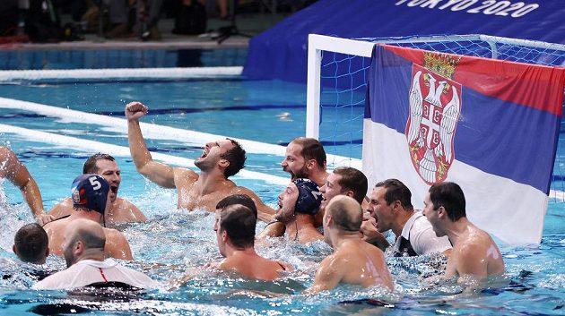 Vodní pólisté Srbska dosáhli na poslední zlatou medaili, která byla na olympiádě v Tokiu udělena.