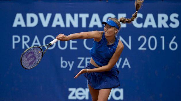 Němka Antonia Lottnerová ve finále tenisového turnaje Advantage Cars Prague Open na Štvanici.