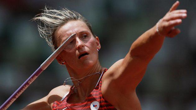 Barbora Špotáková při kvalifikaci oštěpu.