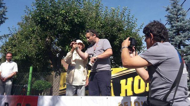 Pavel Kantorek a ředitel závodu Josef Burian se chystají na start.