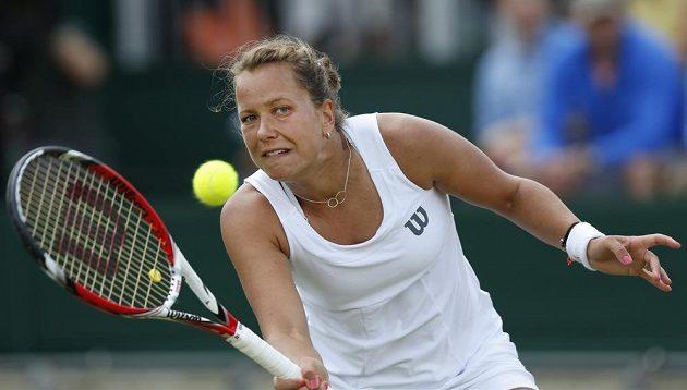 Barbora Záhlavová-Strýcová pokračuje ve Wimbledonu v parádním tažení, v osmifinále vyřadila Caroline Wozniackou.