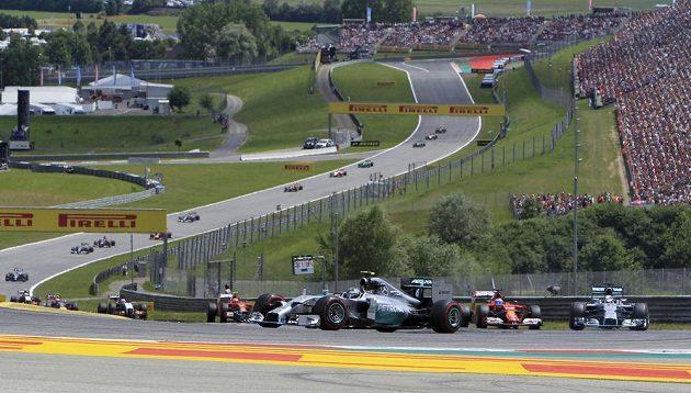 Momentka z Velké ceny Rakouska na Red Bull Ringu.