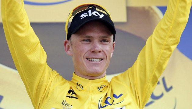 Brit Christopher Froome se raduje z vítězství v patnácté etapě cyklistické Tour de France.