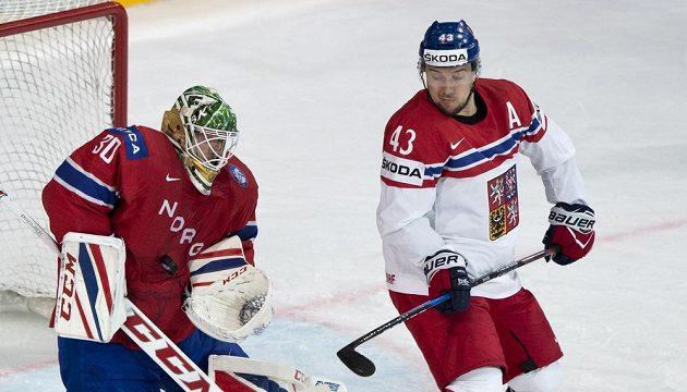 Norský brankář Lars Haugen a český reprezentant Jan Kovář.