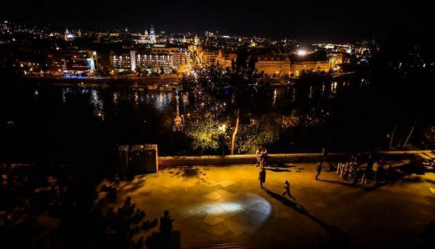 Night Run Praha se v sobotu uskutečnil v centru Prahy na Letné a v Letenských sadech.