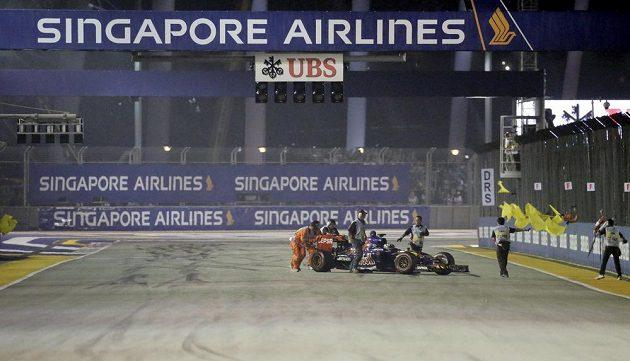 Start Maxe Verstappena do Velké ceny Singapuru neproběhl ideálně.