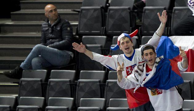 Čeští fanoušci na hokejovém MS v Paříži.