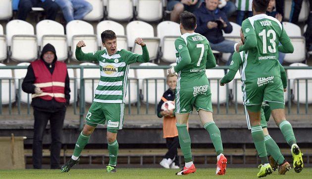 Antonín Vaníček z Bohemians se raduje z gólu v utkání s Příbramí.