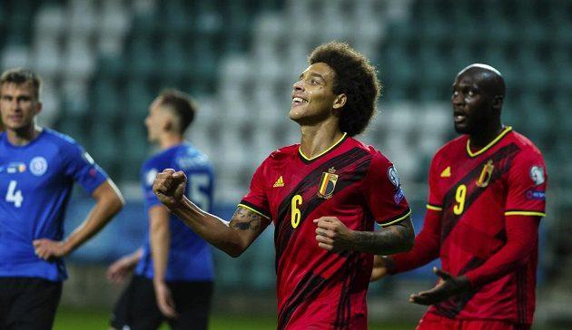 Belgický fotbalista Axel Witsel slaví gól v kvalifikačním utkní o MS 2022.