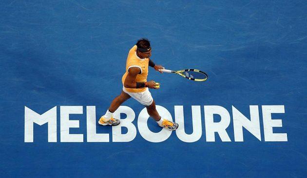 Rafael Nadal ve druhém setu finále Australian Open.
