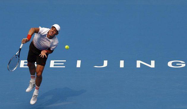 Berdych semifinále v Pekingu kvůli zranění nezvládl. Už v prvním setu utkání s Nadalem vzdal.
