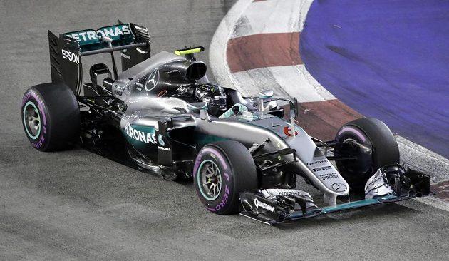 Nico Rosberg na okruhu Marina Bay v Singapuru.