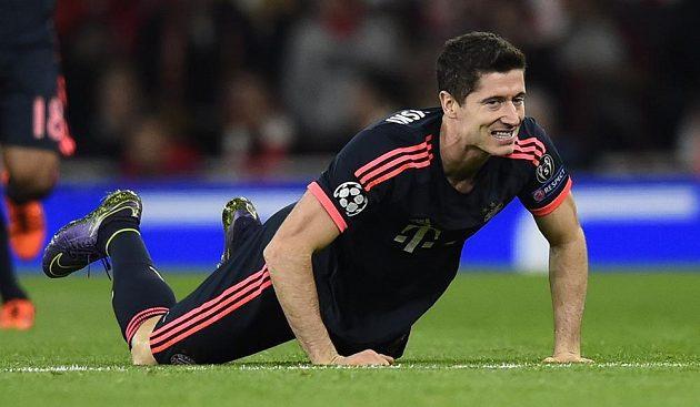 Robert Lewandowski měl už v úvodu zápasu proti Arsenalu velkou šanci, ale selhal v koncovce.