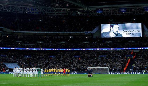 Před odvetou Tottenhamu s Juventusem se vzpomínalo na zesnulého Davide Astoriho.