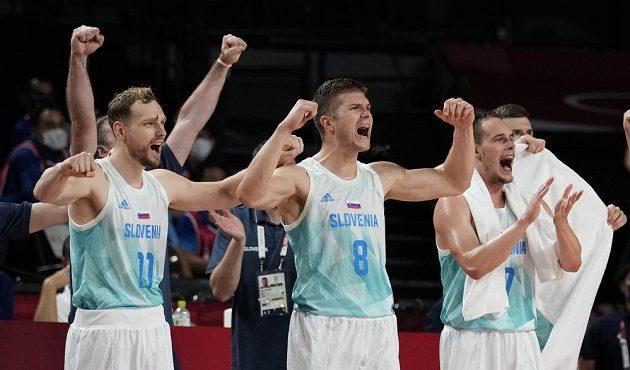 Slovinci se radují ve čtvrtfinále s Němci.