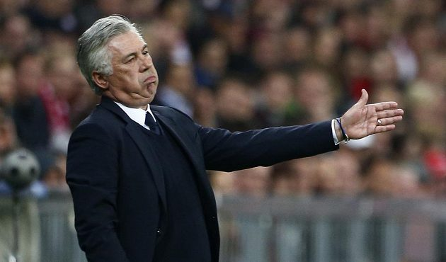 Trenér fotbalistů Bayernu Mnichov Carlo Ancelotti.