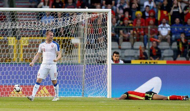 Michael Krmenčík oslavuje vyrovnávací gól proti Belgii.