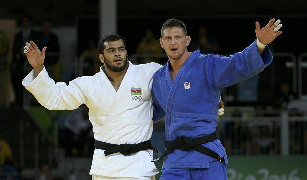 Judista Lukáš Krpálek (vpravo) po vítězném olympijském finále s Elmarem Gasimovem.