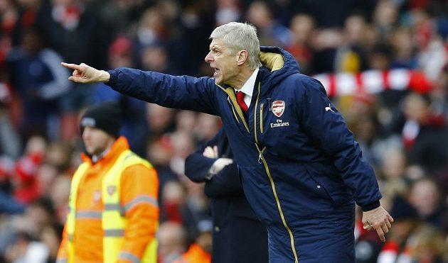 Arséne Wenger netrpělivě vyhlížel první utkání proti Barceloně.