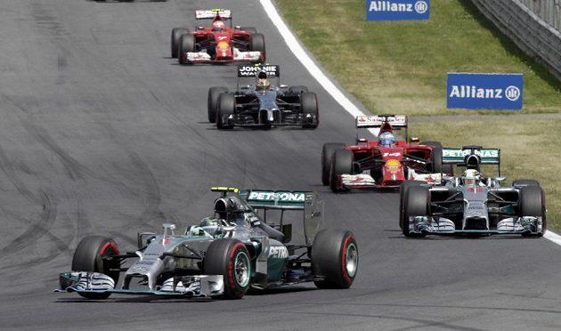 Nico Rosberg s williamsem na čele VC Rakouska.