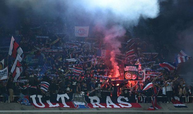 Fanoušci Paris Saint-Germain si užívali zápas Ligy mistrů v Bruselu.
