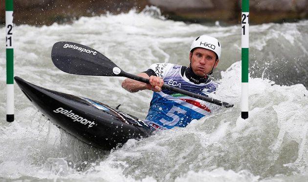 Kajakář Vít Přindiš je mistrem Evropy ve vodním slalomu.