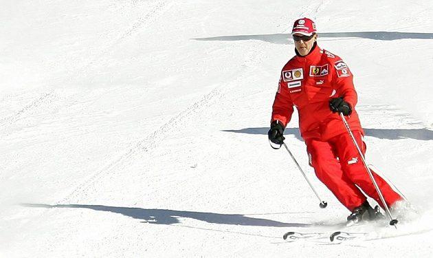 """""""Schumi"""" při svém oblíbeném koníčku - lyžování v italských Dolomitech."""