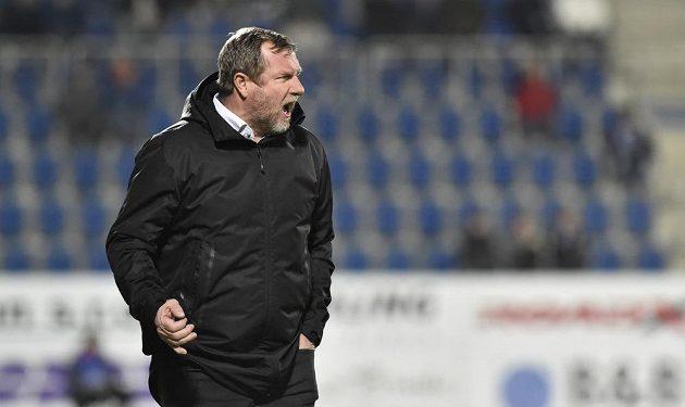 Trenér Plzně Pavel Vrba v utkání se Slováckem.