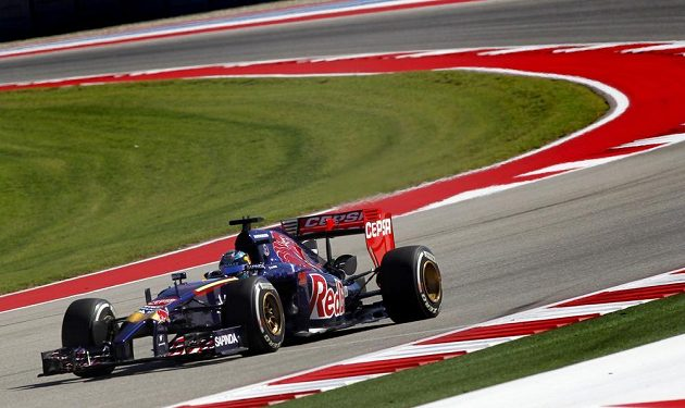 Jean-Éric Vergne z týmu Toro Rosso při Velké ceně USA.