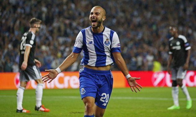 Andre André poslal Porto v Lize mistrů proti Chelsea do vedení.