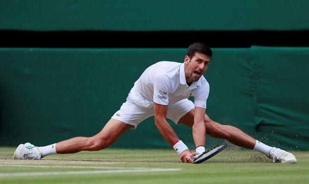 Novak Djokovič se tradičně prezentoval výborným pohybem