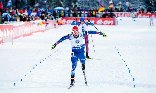 Český biatlonista Michal Krčmář dojel desátý, což je jeho maximum ve SP.