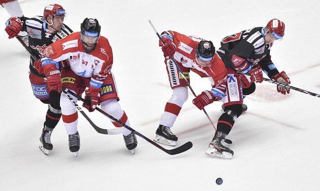 Zleva Ondřej Kovařčík z Třince, Martin Vyrůbalík a František Skladaný, oba z Olomouce, a Michal Kovařčík z Třince.