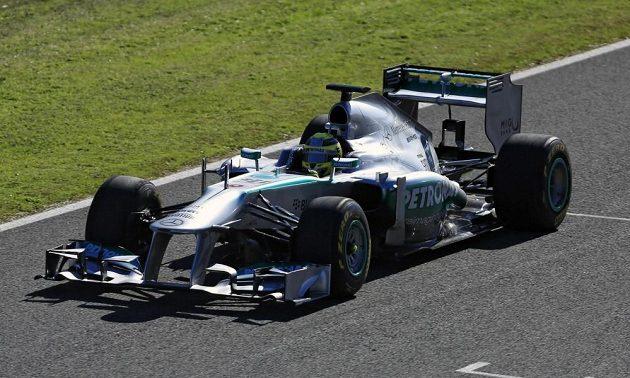Nico Rosberg za volantem vozu Mercedes W04.