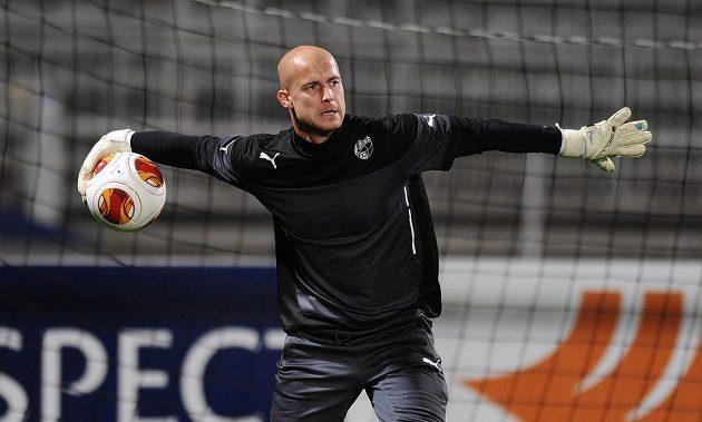 Brankář Viktorie Plzeň Petr Bolek na středečním předzápasovém tréninku na stadiónu Stade de Garland před úvodním zápasem osmifinále Evropské ligy s Lyonem.