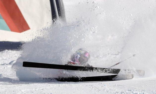 Kateřina Pauláthová po pádu ve druhém kole obřího slalomu na MS v Beaver Creeku.