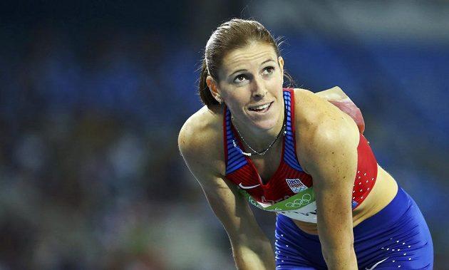 Zuzana Hejnová se raduje z postupu do finále závodu na 400 metrů překážek.