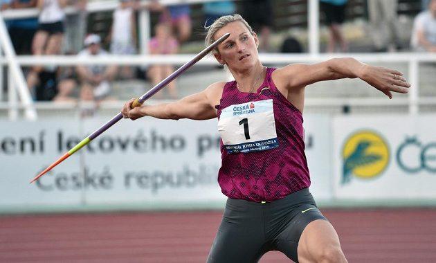Oštěpařka Barbora Špotáková na Memoriálu Josefa Odložila. Svůj nejdelší hod předvedla v šesté sérii, své náčiní poslala do vzdálenosti 64,08 metru.