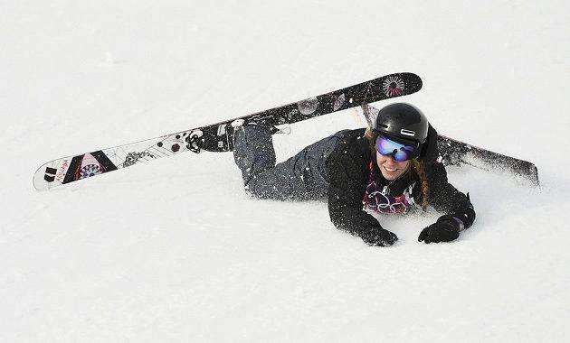 Lise Zimmermannové z Německa olympijská premiéra ve slopestylu lyžařek příliš nevyšla.