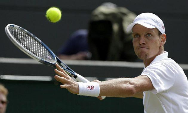 Tomáš Berdych v utkání 3. kola Wimbledonu proti Kevinu Andersonovi z JAR.